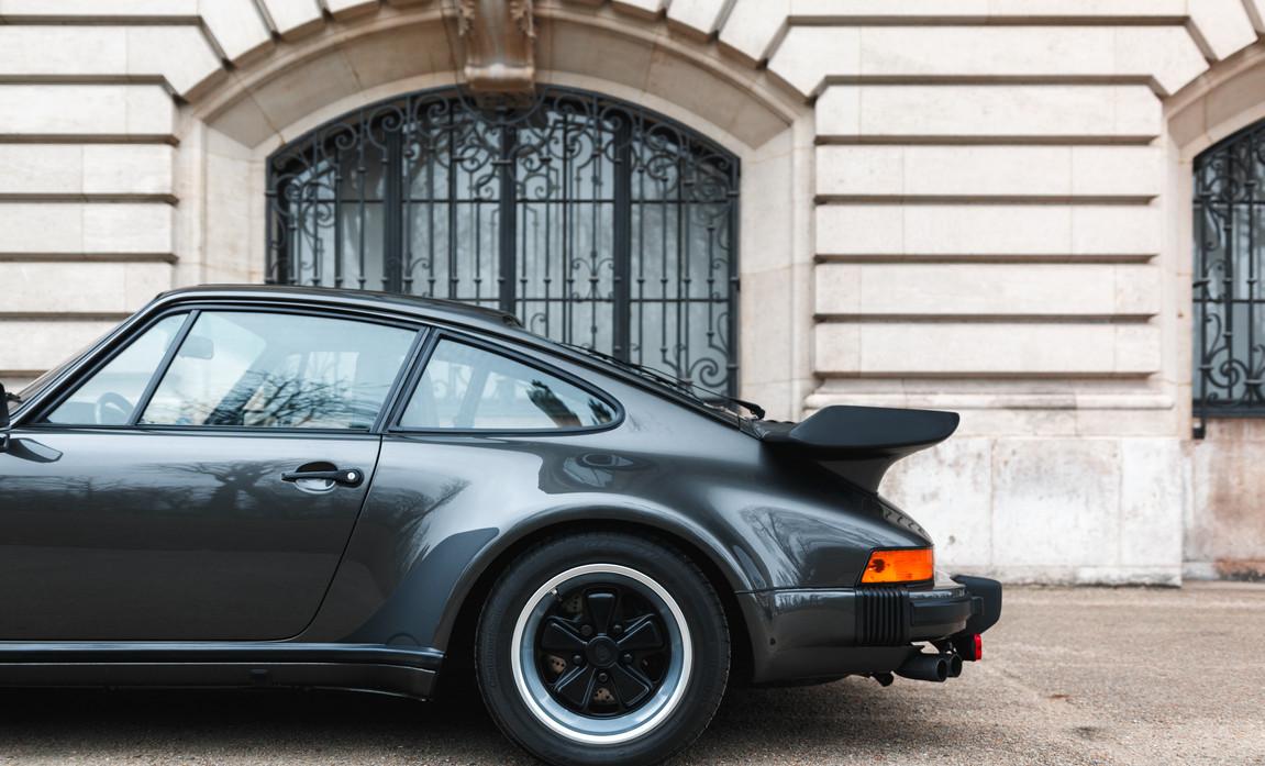 1986 Porsche 930 3.3 Turbo34.jpg