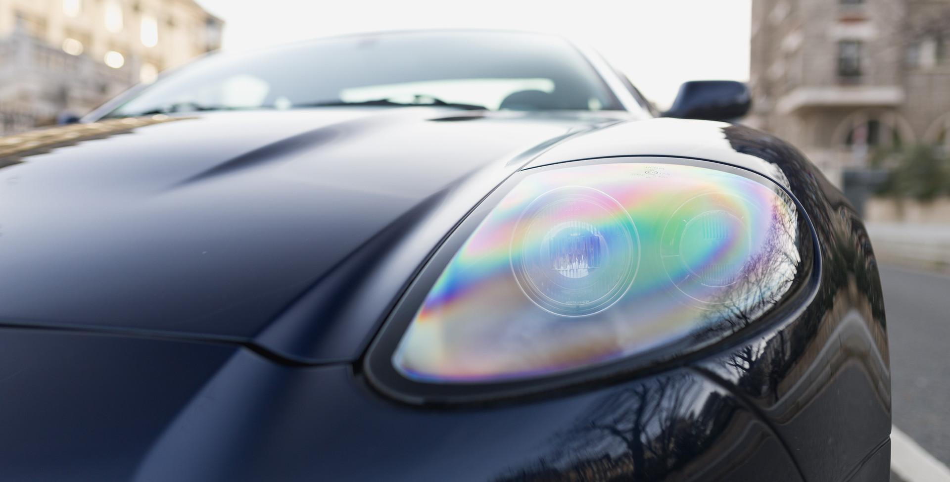 Aston Martin Vanquish S34.jpg