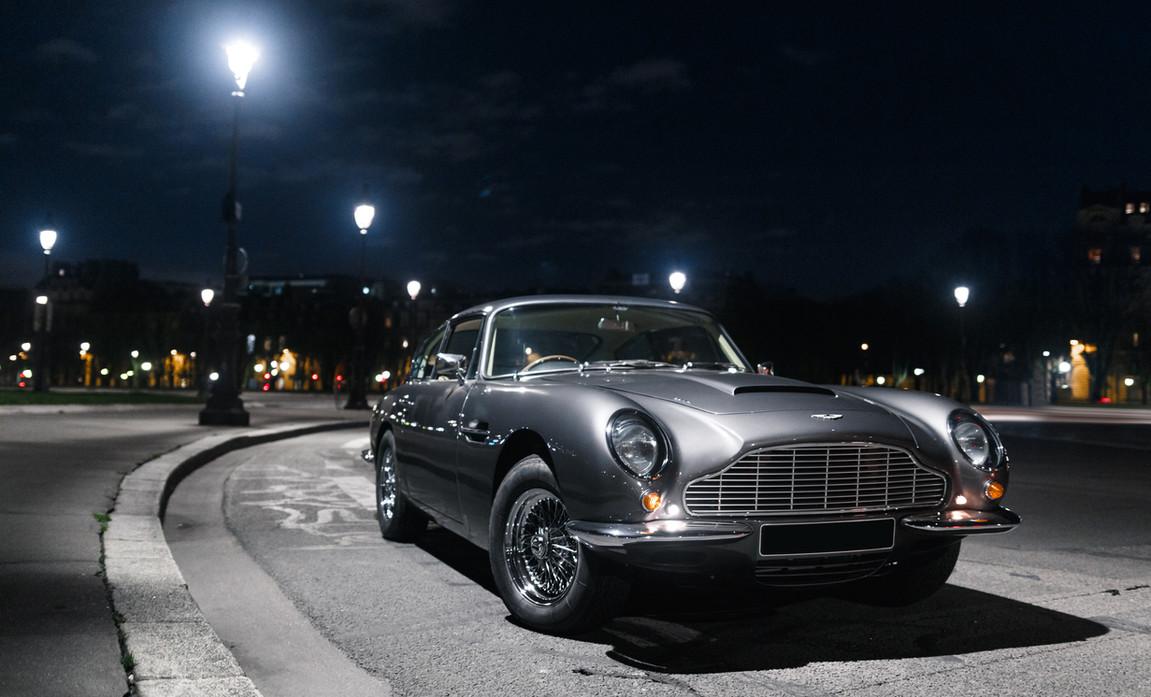 Aston Martin DB6 (6).JPG
