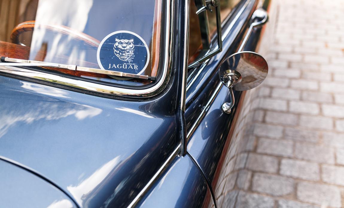 Jaguar MKII détails extérieur (30).jpg