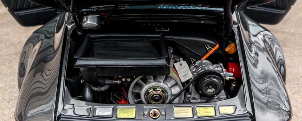 1986 Porsche 930 3.3 Turbo77.jpg