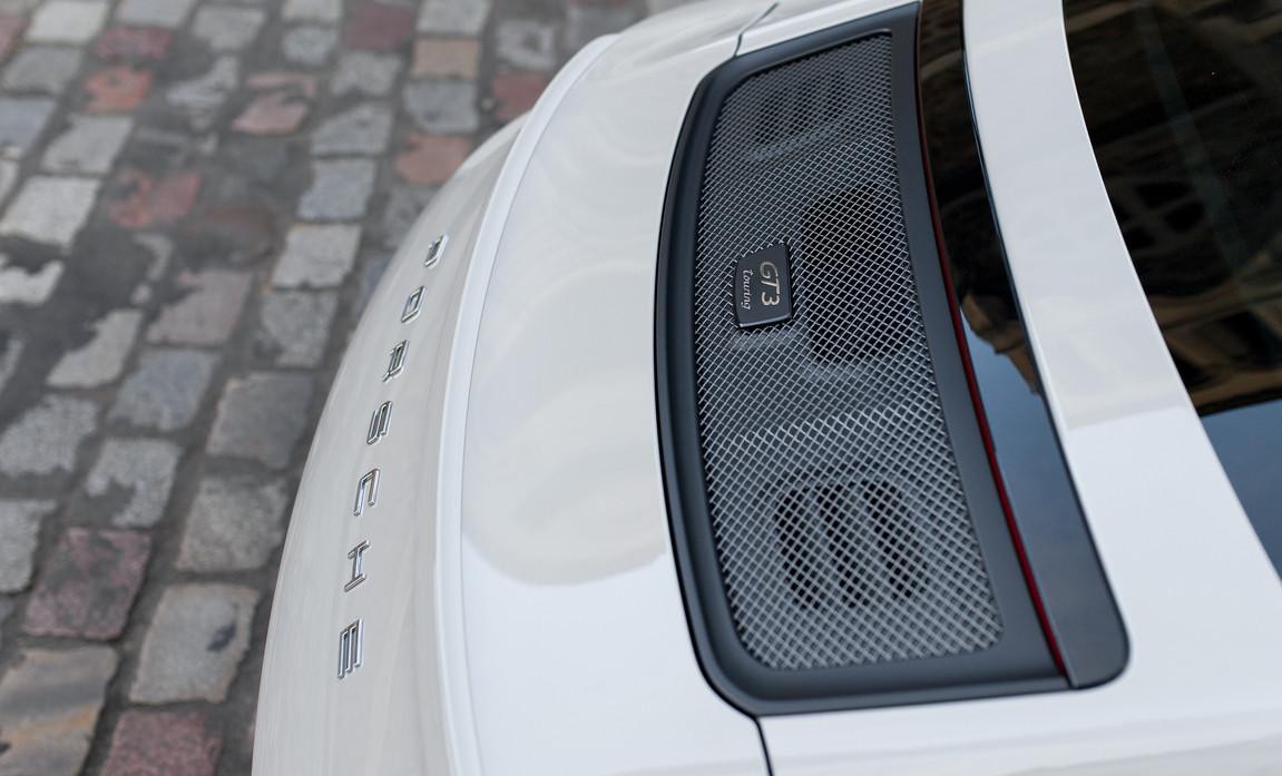 Porsche 911 GT3 Touring (48).jpg