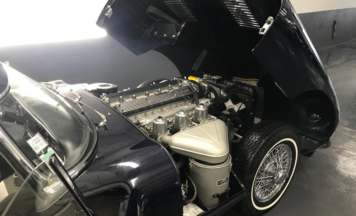 Jaguar_Type_E_Série_2_Chris2.jpeg