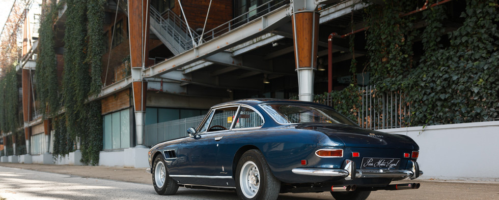 Ferrari 330 GT 196616.jpg