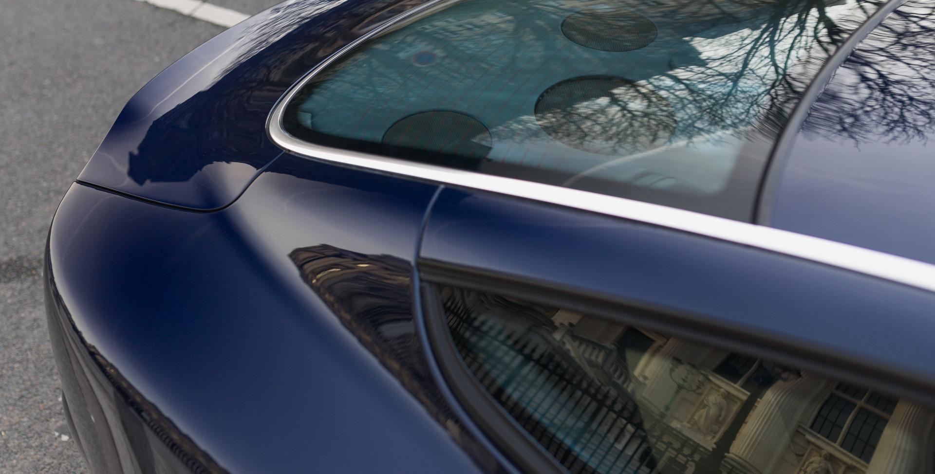 Aston Martin Vanquish S26.jpg