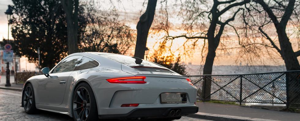 Porsche 911 GT3 Touring (15).jpg
