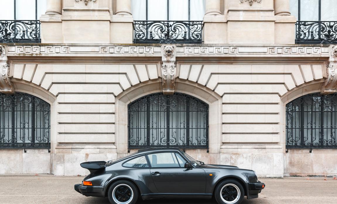 1986 Porsche 930 3.3 Turbo51.jpg