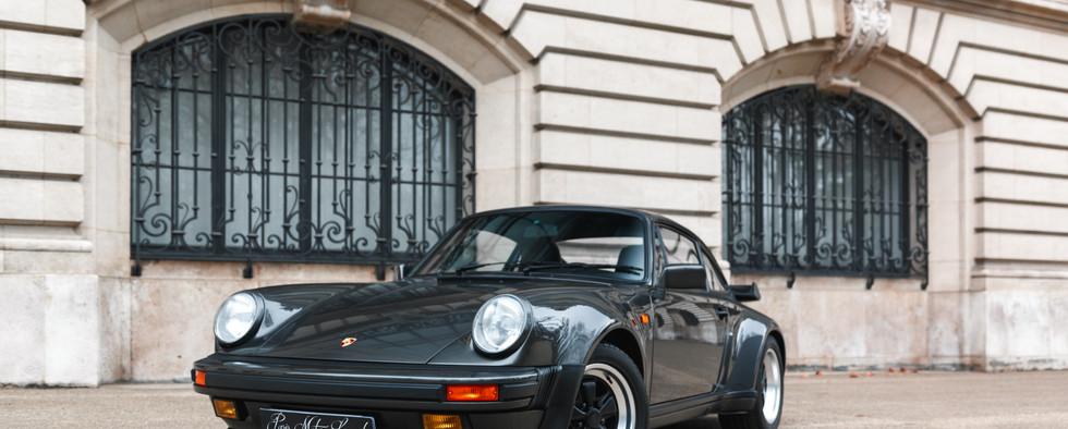 1986 Porsche 930 3.3 Turbo41.jpg