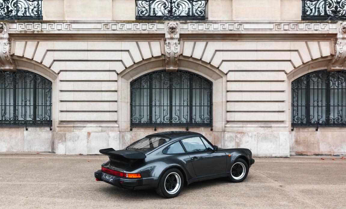 1986 Porsche 930 3.3 Turbo58.jpg