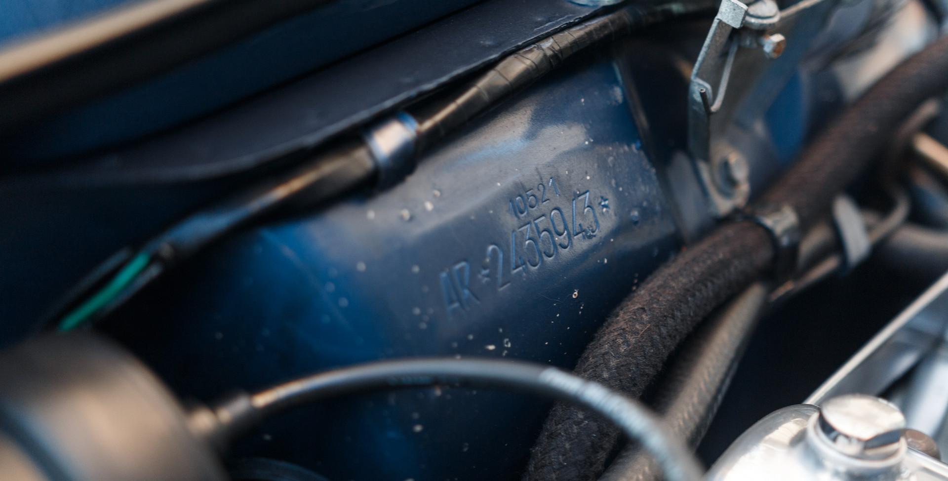 Alfa Romeo 2000 moteur (7).jpg