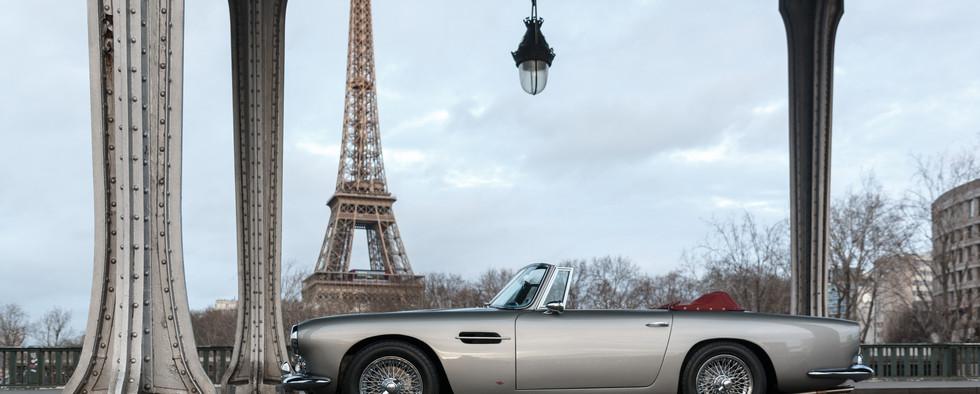 1961 Aston Martin DB4 Cabriolet 8.jpg