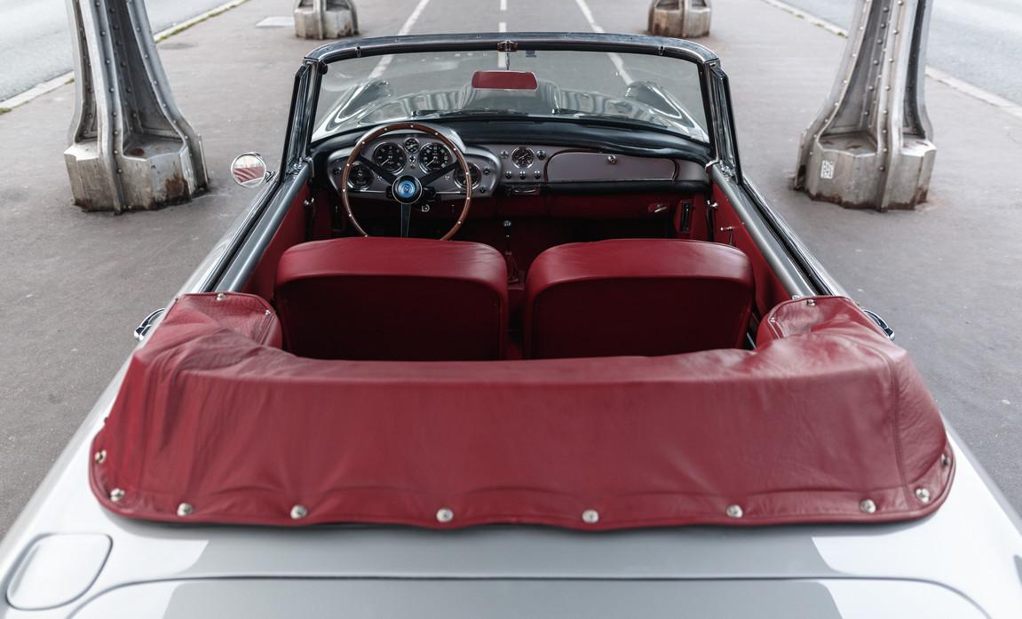 1961 Aston Martin DB4 Cabriolet 58.jpg
