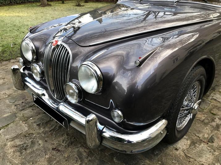 1965 Jaguar MK2 3.4L5.jpeg