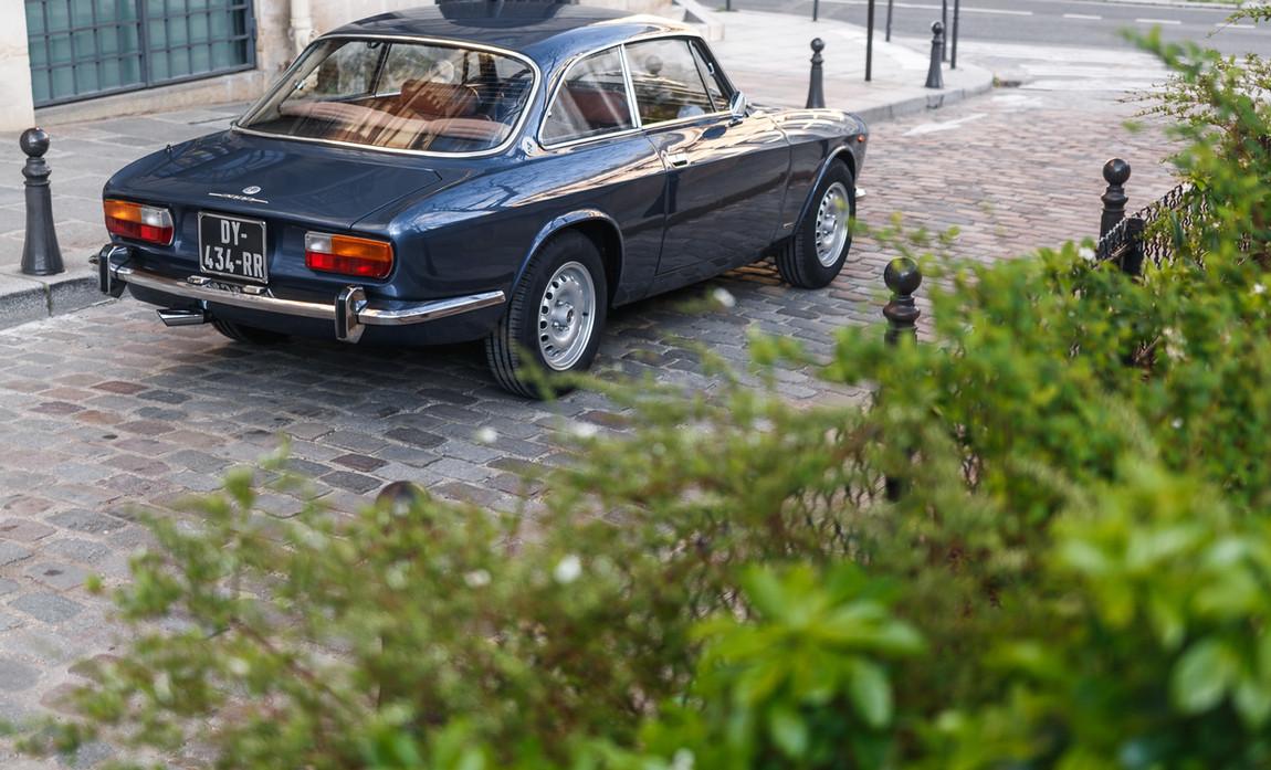 Alfa_Romeo_2000_arrière_(5).jpg