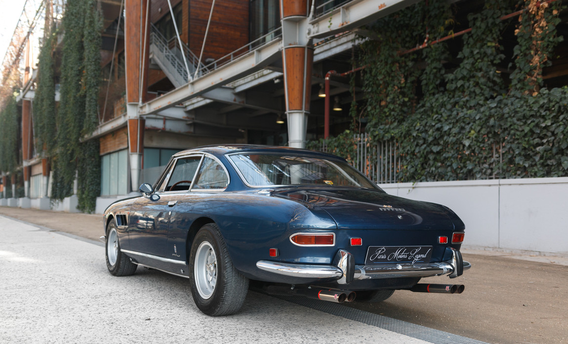 Ferrari 330 GT 19665.jpg