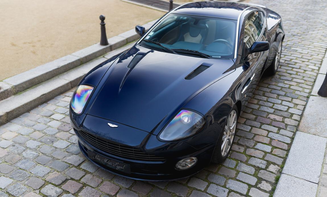 Aston Martin Vanquish S97.jpg