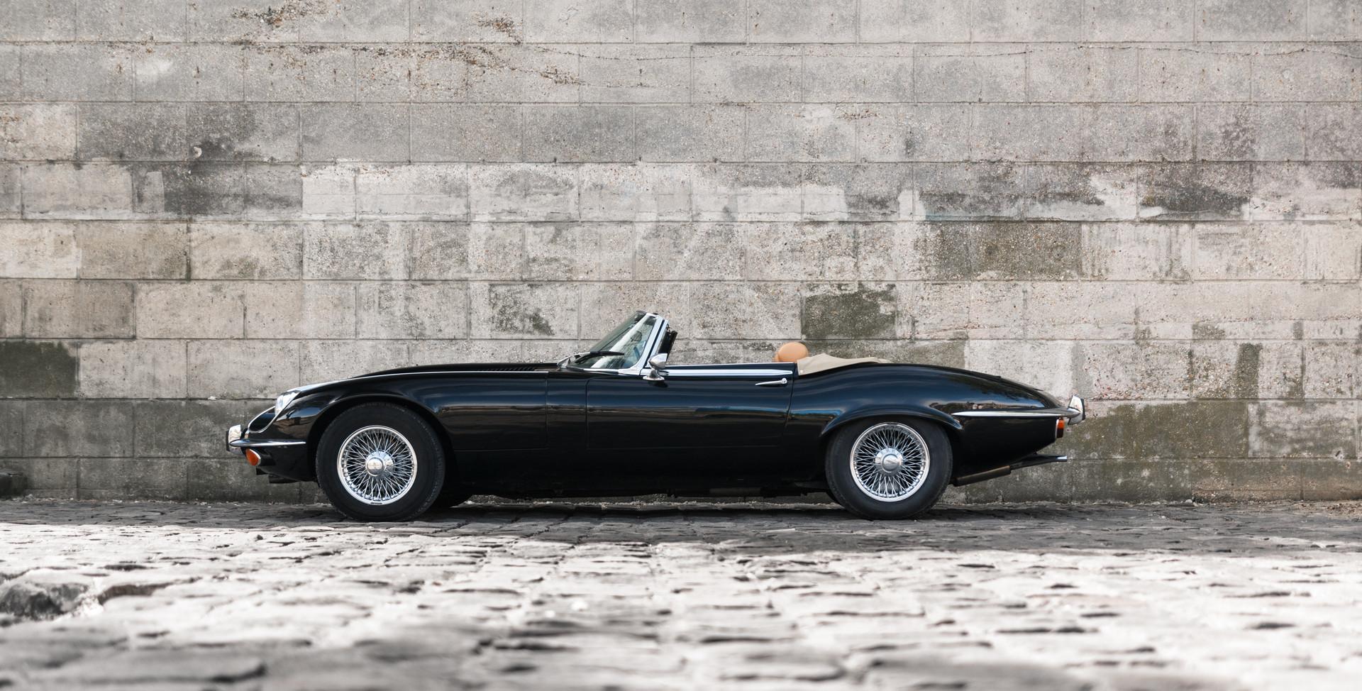 Jaguar Type E profil (1).jpg