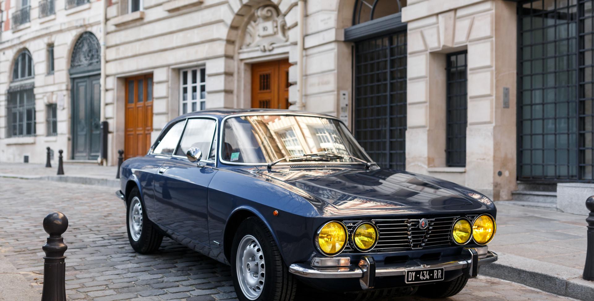 Alfa Romeo 2000 avant (6).jpg