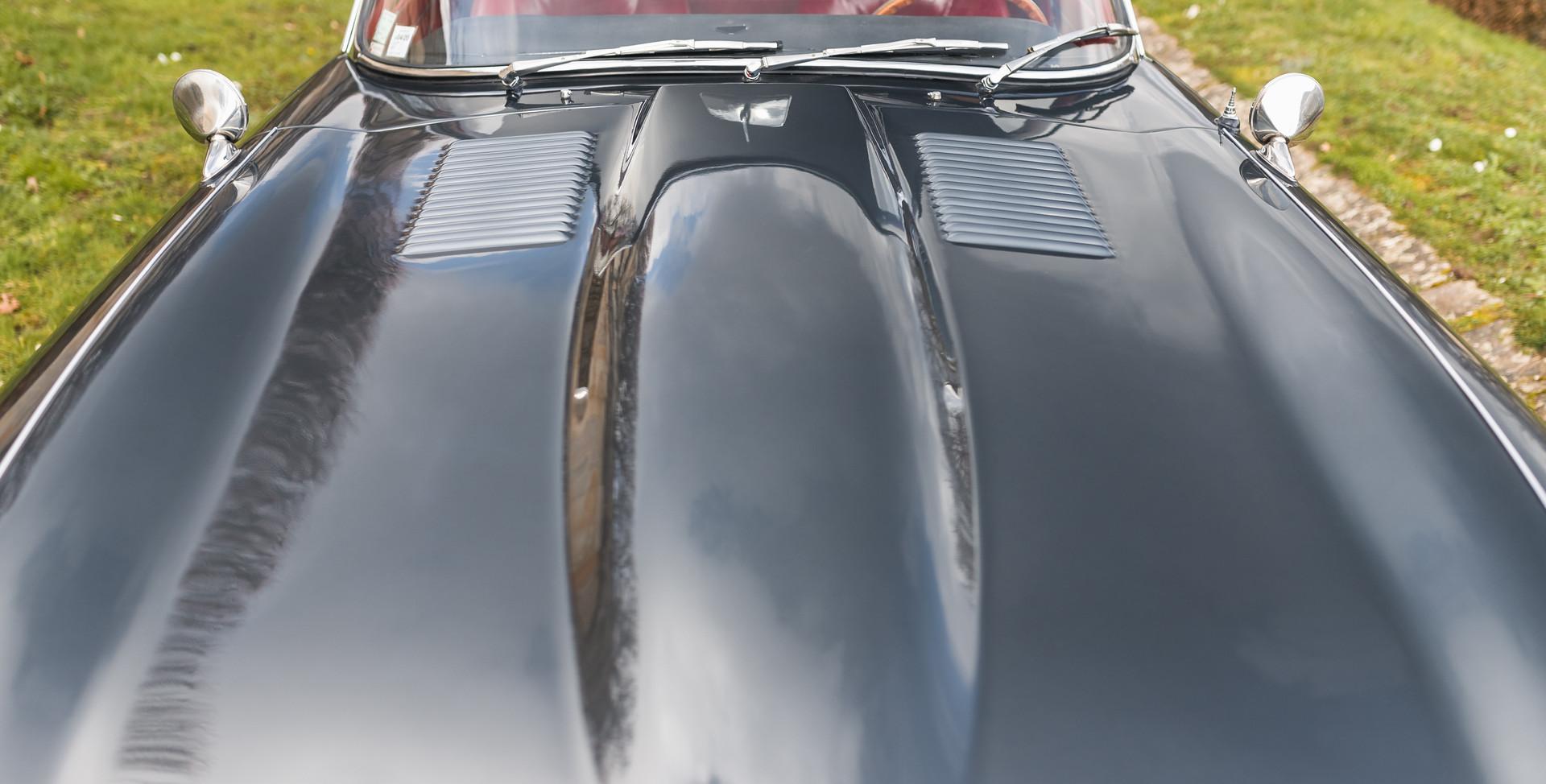 Jaguar Type E Serie I Coupe (17).jpg
