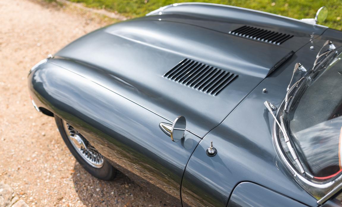 Jaguar Type E Serie I Coupe (19).jpg