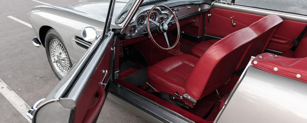 1961 Aston Martin DB4 Cabriolet 57.jpg