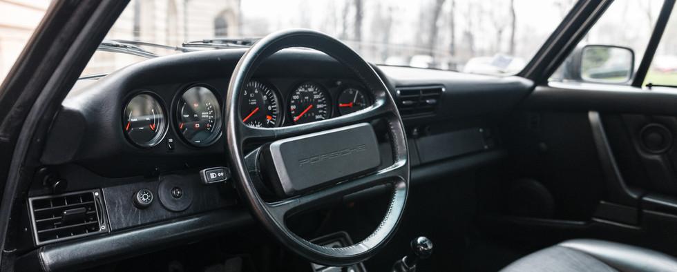 1986 Porsche 930 3.3 Turbo102.jpg