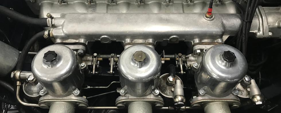 Jaguar_Type_E_Série_2_Chris6.jpeg
