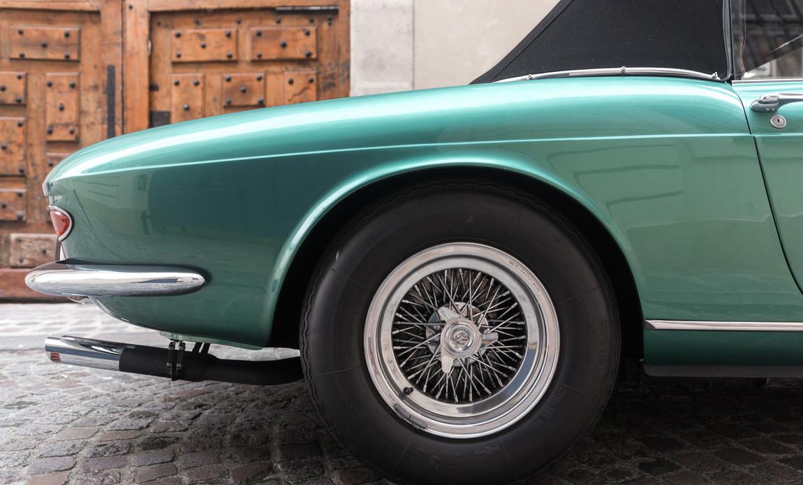 Ferrari_275_GTS_X_détail.jpg