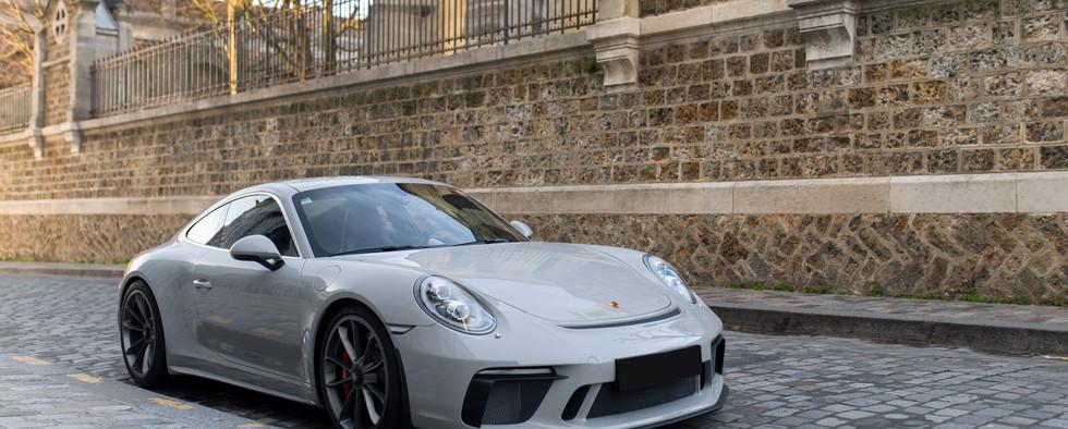 Porsche 911 GT3 Touring (10).jpg