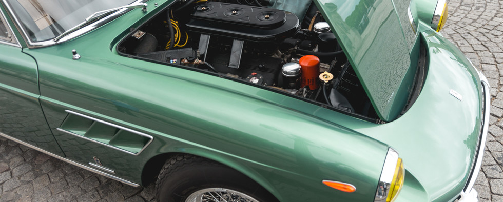 Ferrari 275 GTS moteur (1).jpg