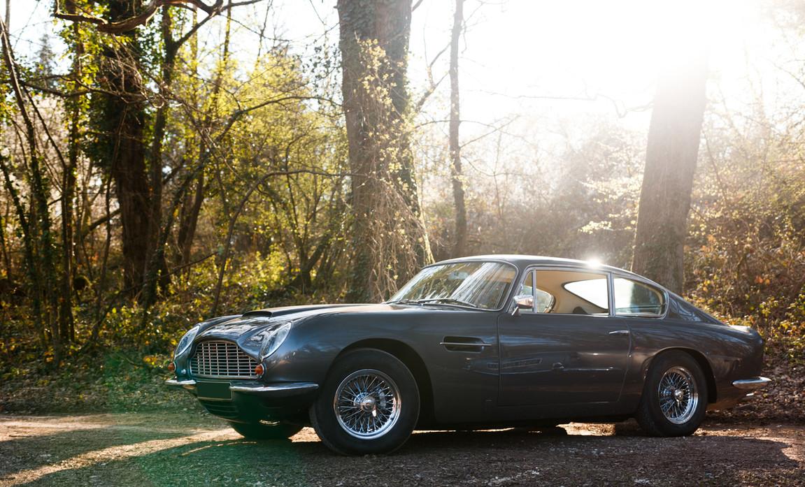 Aston Martin (91).jpg