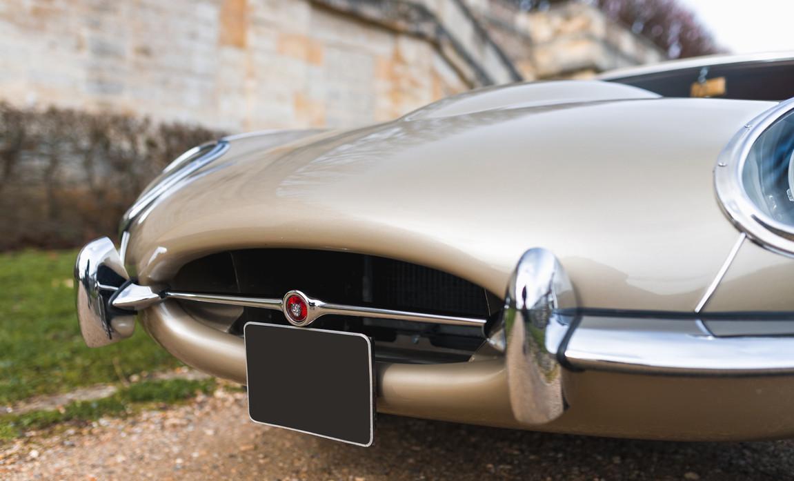 Jaguar Type-E Serie I Cabriolet (22).jpg