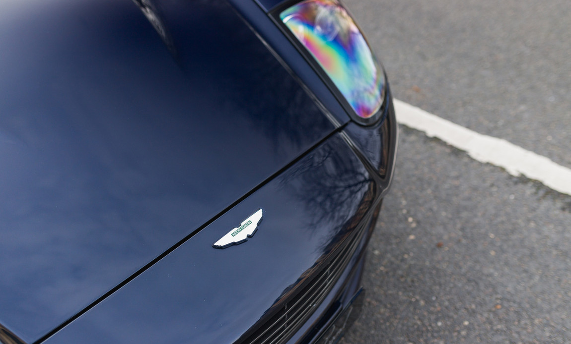 Aston Martin Vanquish S19.jpg
