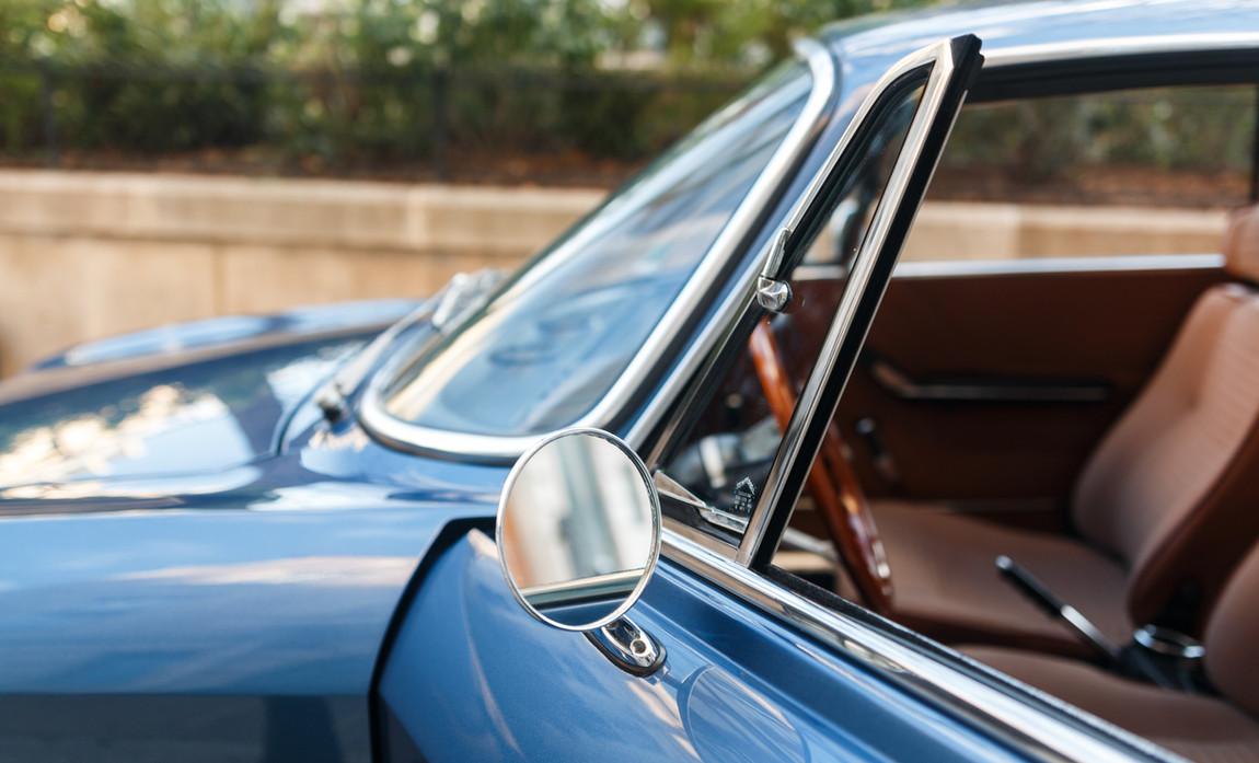 Alfa_Romeo_2000_détail_(1).jpg