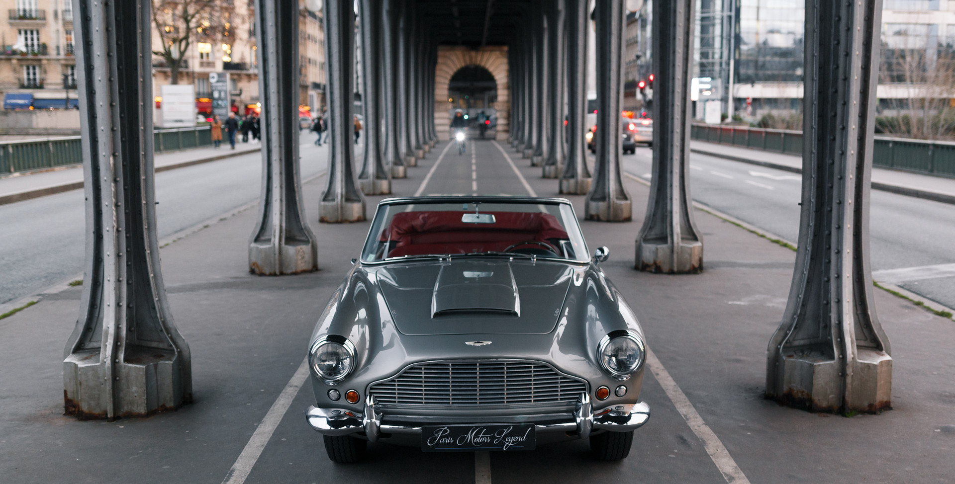 1961 Aston Martin DB4 Cabriolet 13.jpg