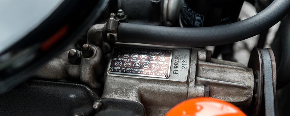 Ferrari 275 GTS moteur (5).jpg