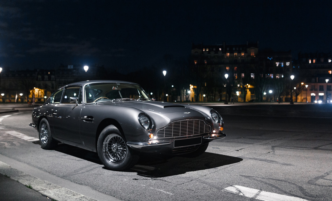 Aston Martin DB6 (5).JPG