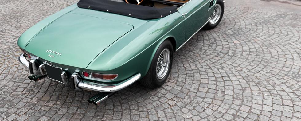 Ferrari_275_GTS_extérieur_(12).jpg