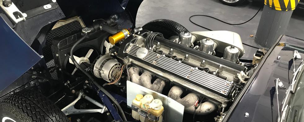 Jaguar_Type_E_Série_2_Chris8.jpeg