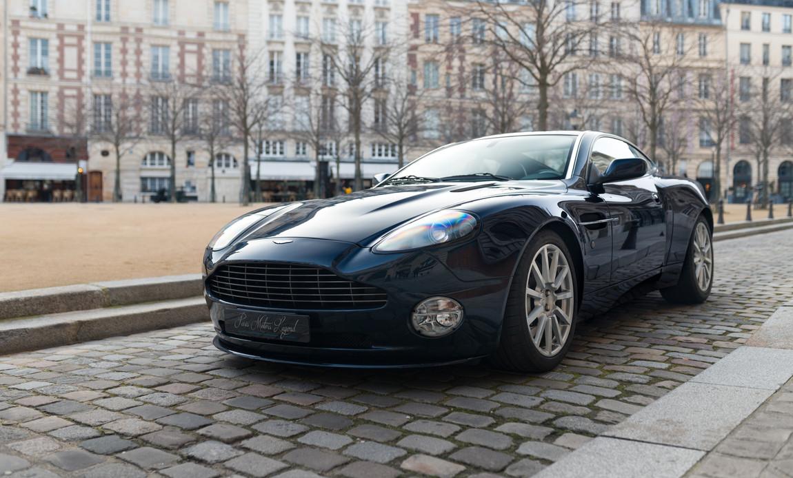 Aston Martin Vanquish S86.jpg