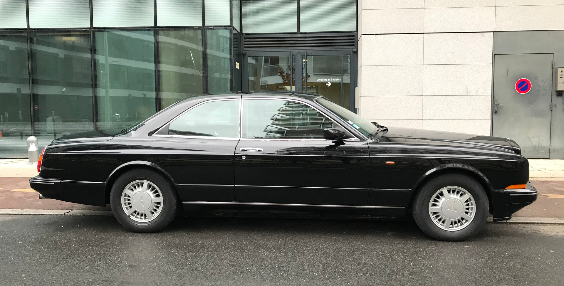 1993 Bentley Continental R6.jpg