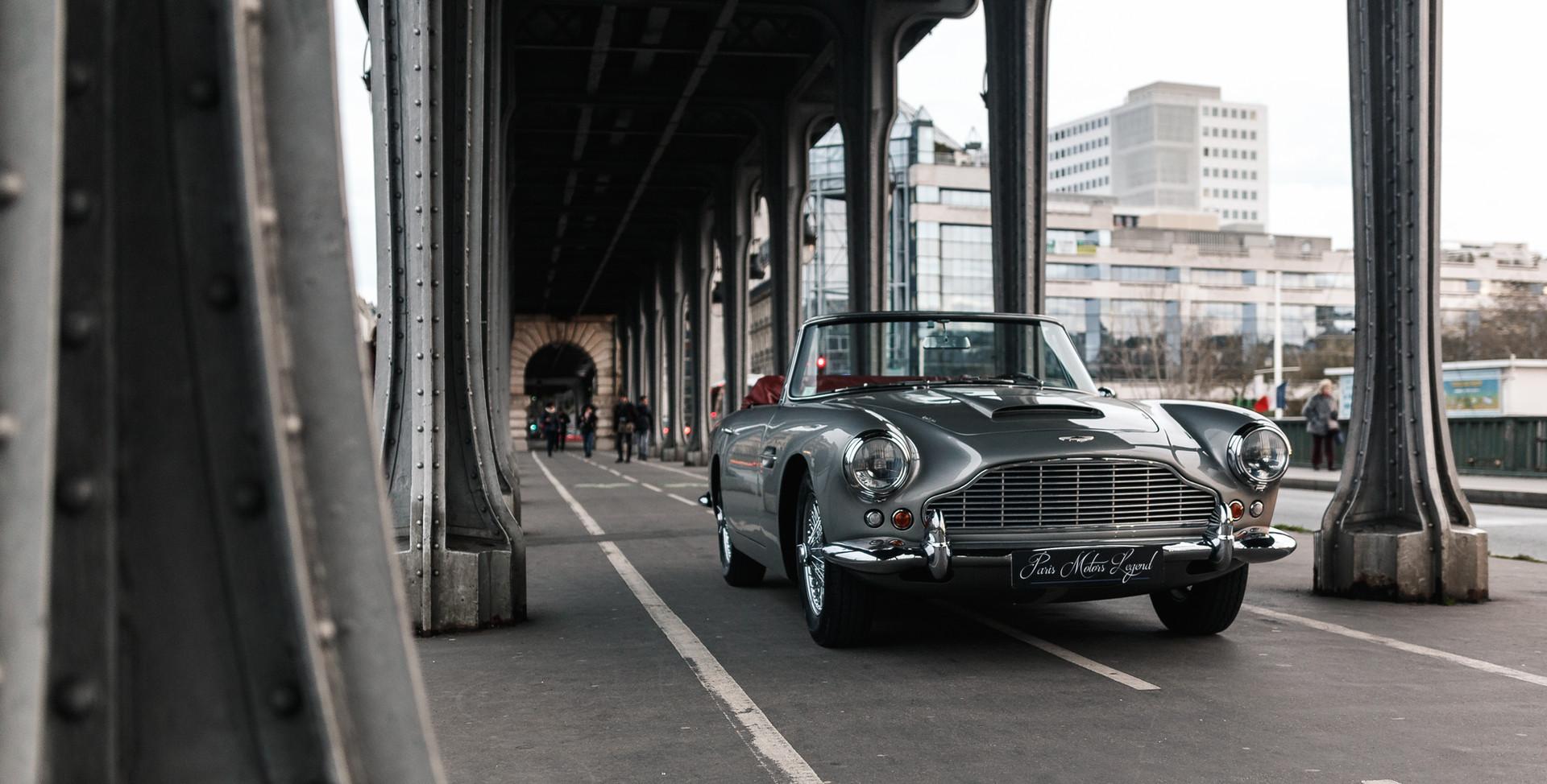 1961 Aston Martin DB4 Cabriolet 14.jpg