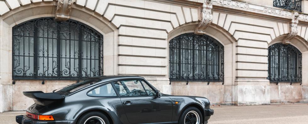 1986 Porsche 930 3.3 Turbo54.jpg