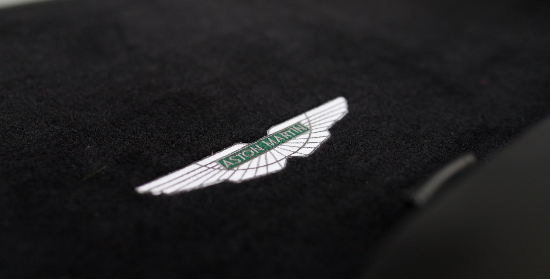 Aston Martin Vanquish S82.jpg