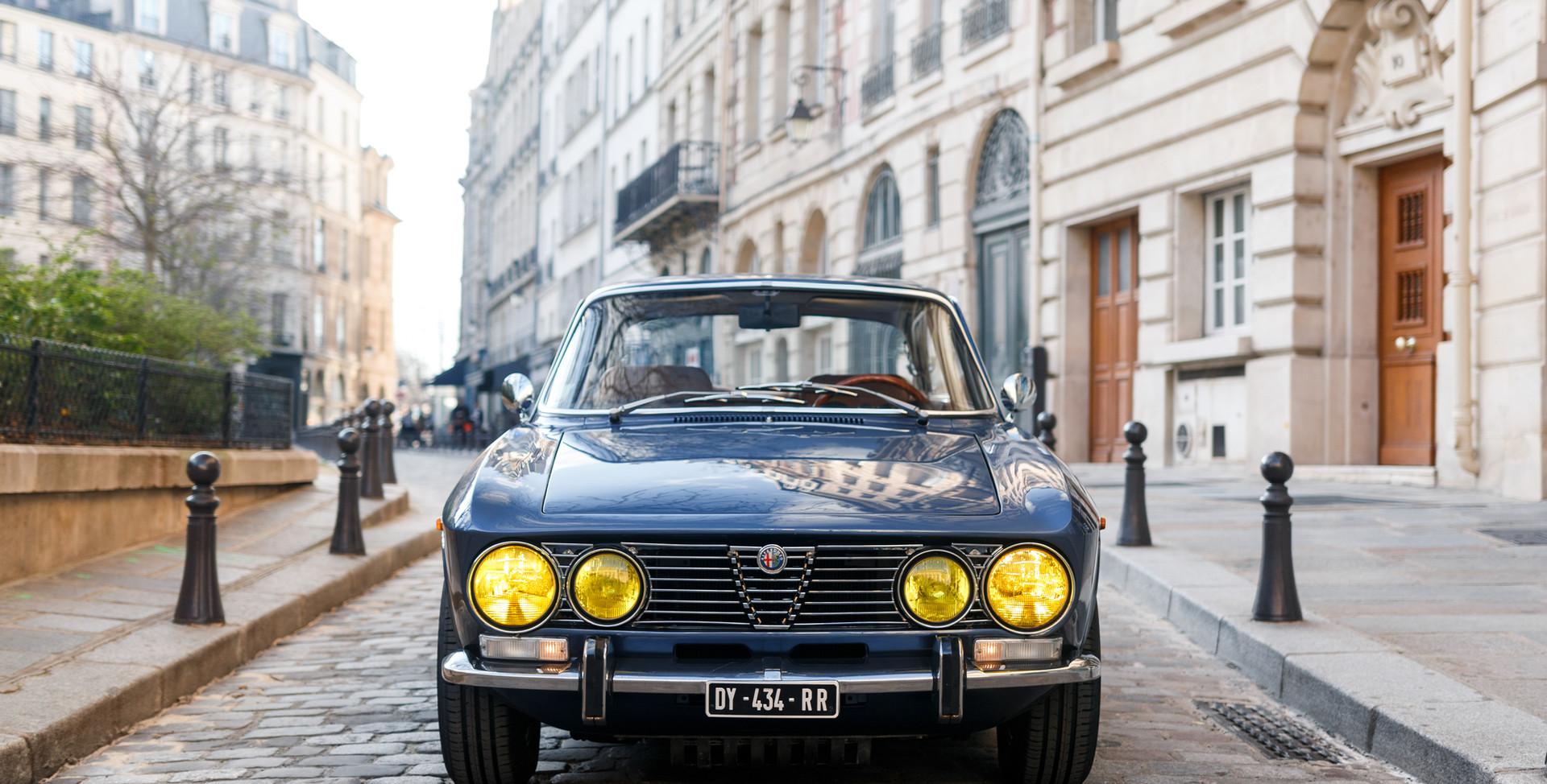 Alfa Romeo 2000 avant (1).jpg