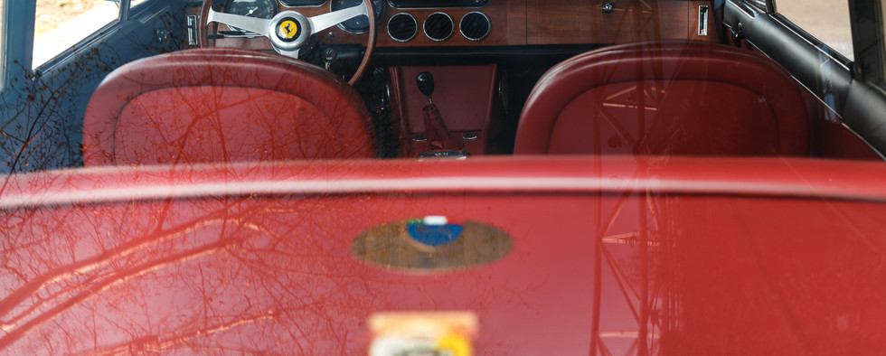Ferrari 330 GT 196627.jpg