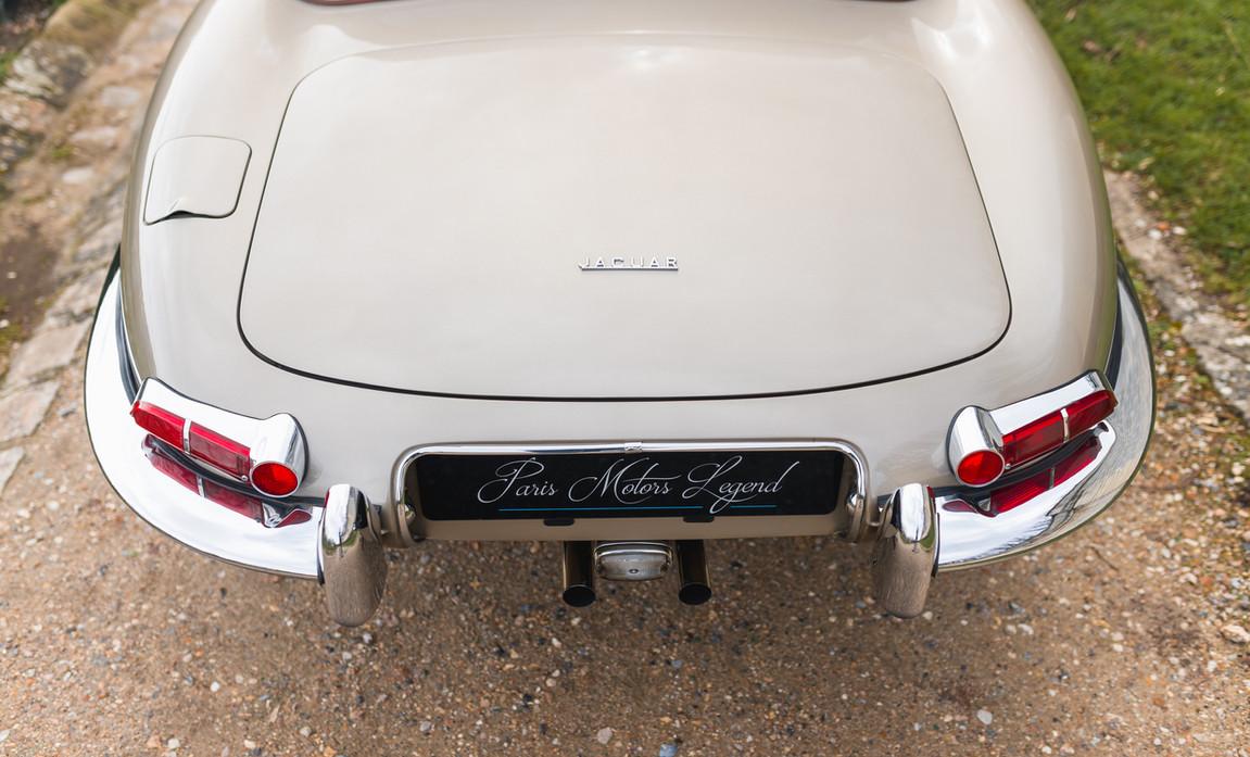 Jaguar Type-E Serie I Cabriolet (21).jpg