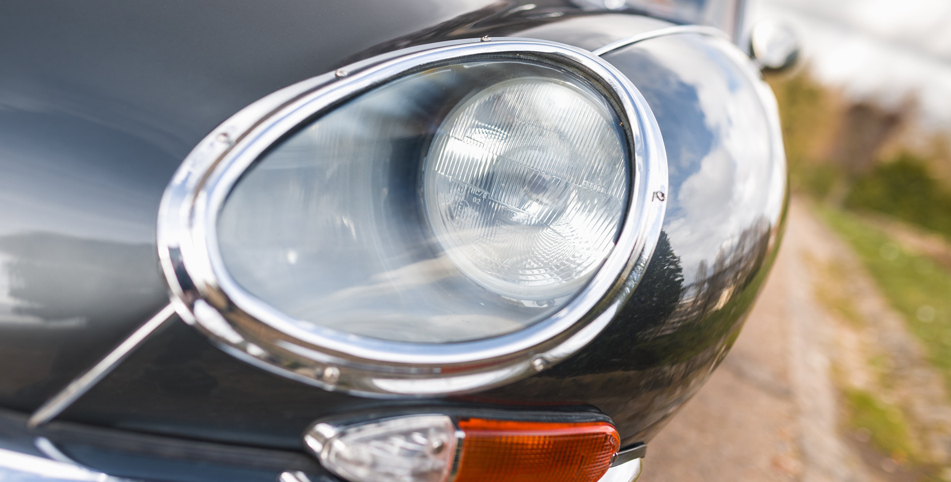 Jaguar Type E Serie I Coupe (16).jpg