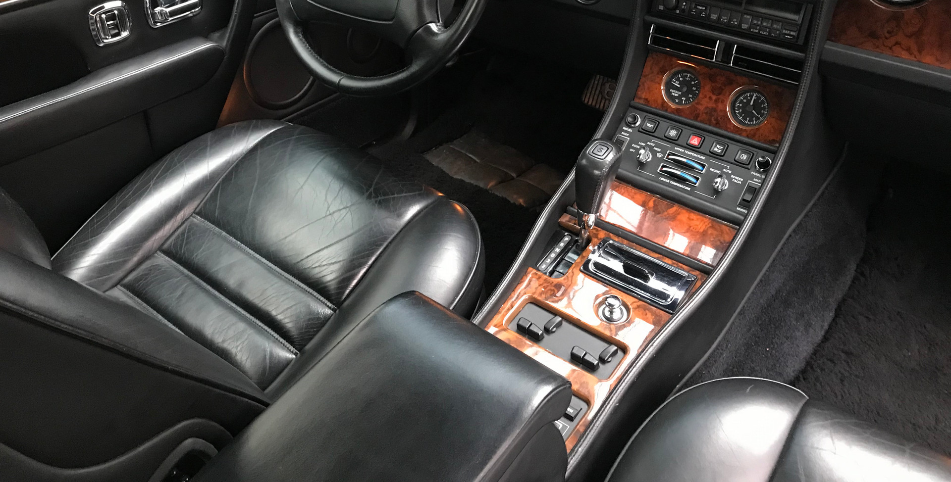 1993 Bentley Continental R38.jpg