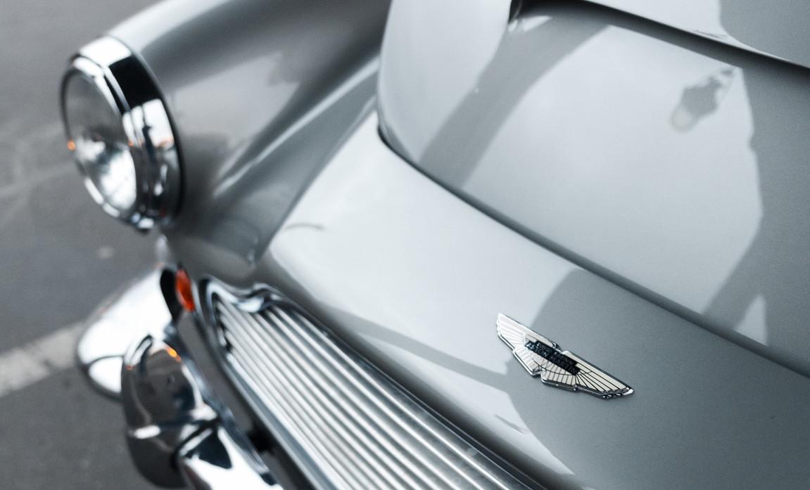1961 Aston Martin DB4 Cabriolet 23.jpg